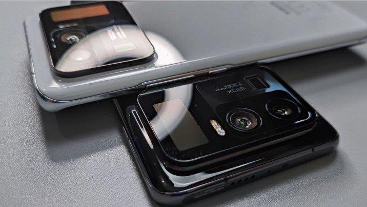 Xiaomi Mi 11 Ultra: с задним экраном с тройной камерой показали в живую