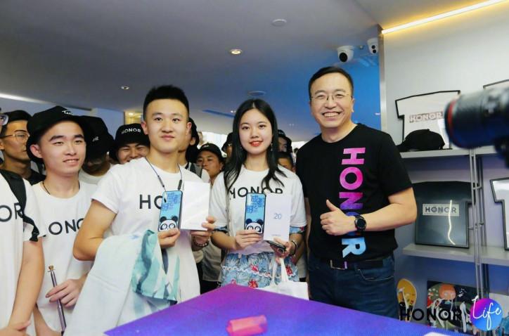 Превзойти учителя: Honor собирается стать лучше Huawei