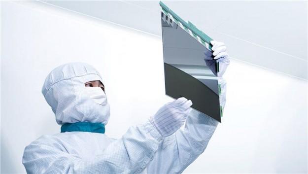 Samsung начнет оснащать свои смартфоны дисплеями OLED китайской BOE