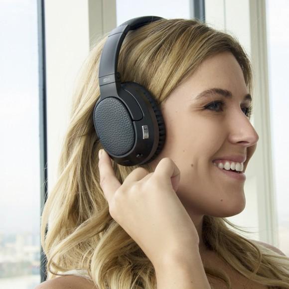 Ловіть весняні знижки: преміальні навушники від Sennheiser і Bowers & Wilkins за неймовірно низькими цінами!