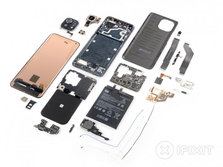 Xiaomi Mi 11 получил среднюю оценку ремонтопригодности