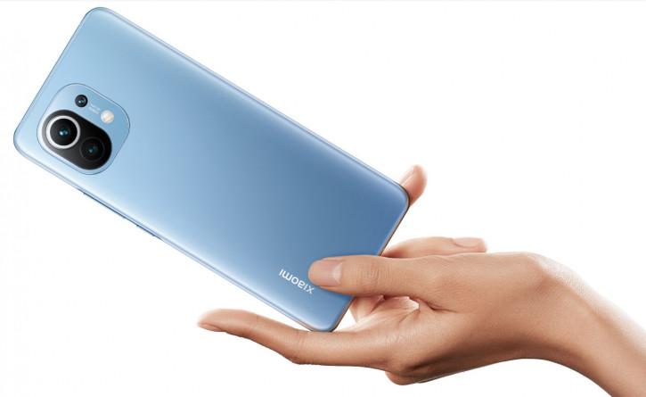 Пользователи массово жалуются на горящие системные платы Xiaomi Mi 11