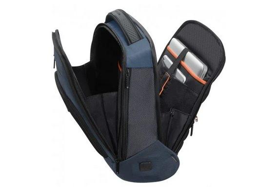 SMARTlife: Выбираем рюкзак для ноутбука в поездку для туриста и удаленного работника