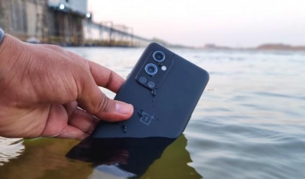 Глава OnePlus объяснил, почему водозащита OnePlus 9 Pro не афишируется