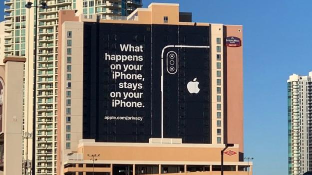 Apple будет сканировать фото всех iPhone в поисках детской порнографии