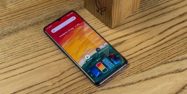 Realme анонсировала первый настоящий флагман, который потягается с топовыми Android-смартфонами