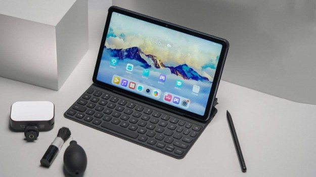 Представлен планшет Honor Tab V7 - 7250 мАч, экран 2К, 90 Гц, стилус за 295 долларов